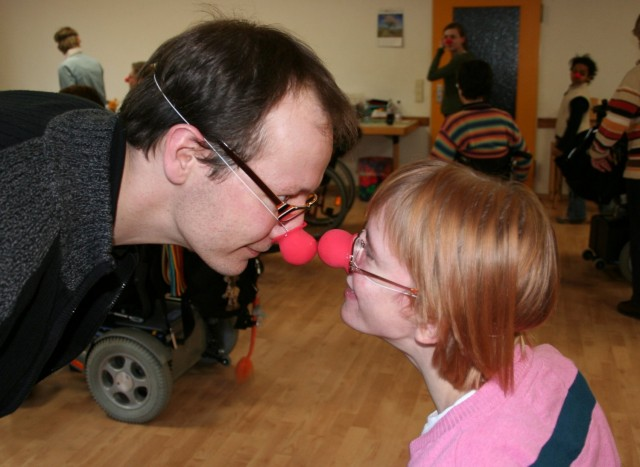 Zwei Clowns unter sich: Nina und Bruder Christian.